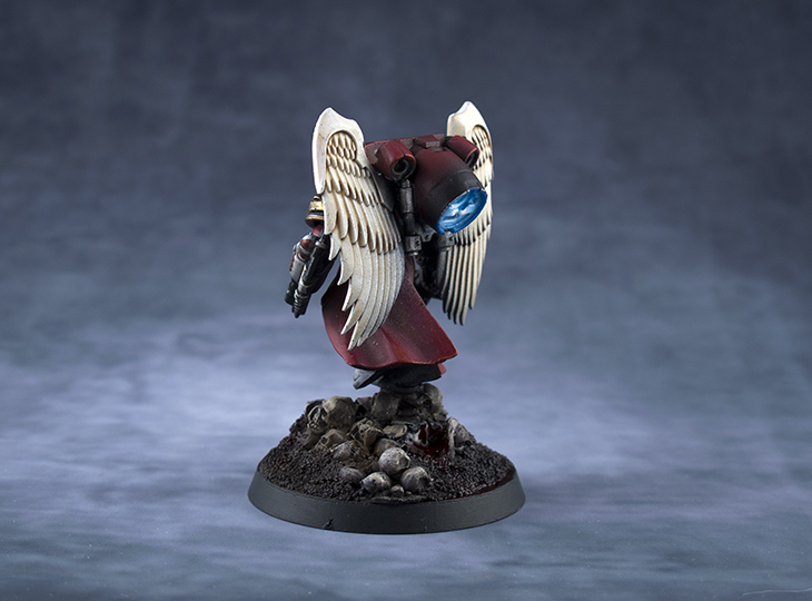 Blood-Angels-Sanguinary-Priest-02.jpg